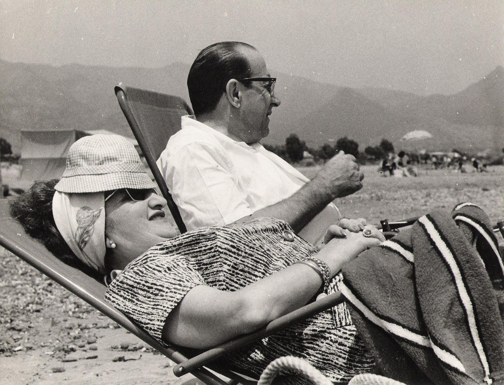 los abuelos en la playa
