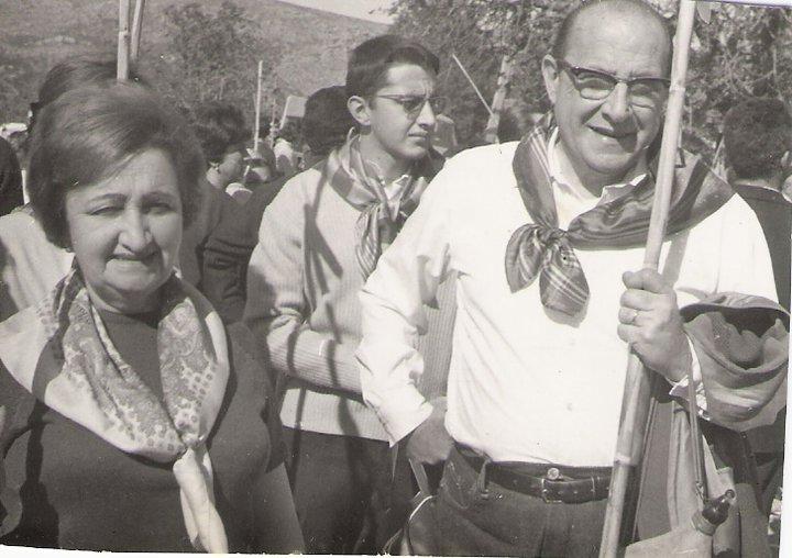 abuelos con gayatas